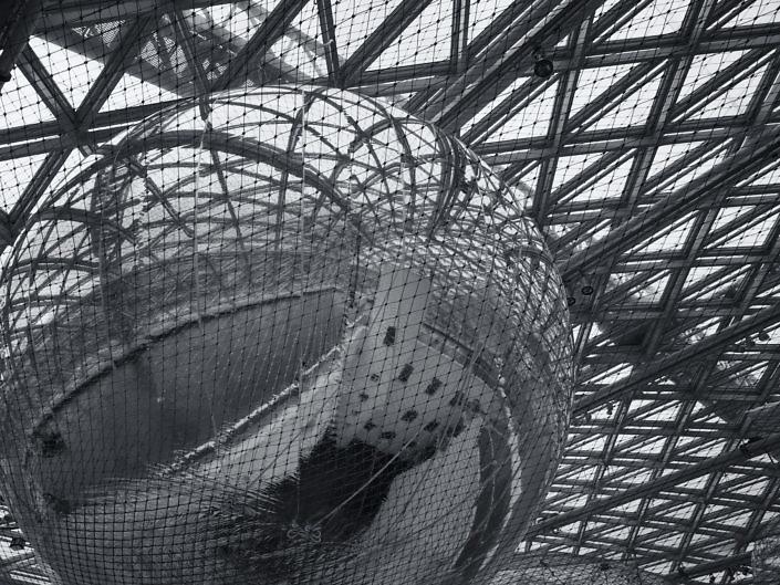 K21 Düsseldorf 2013 - In Orbit / Tomás Saraceno