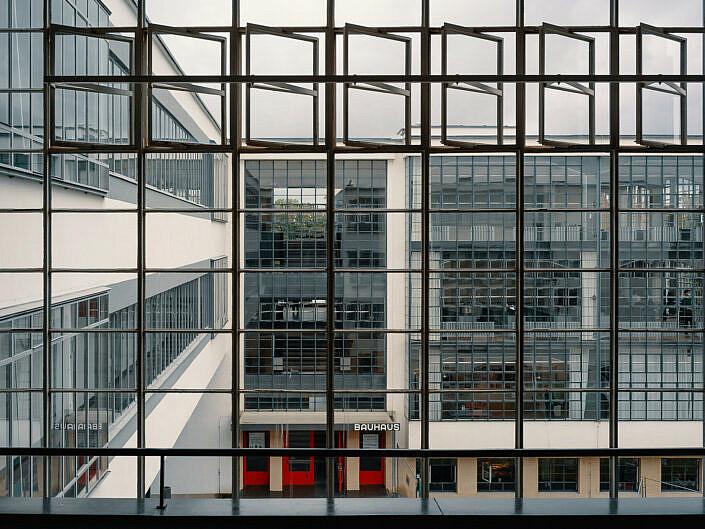 Dessau – Backstein, Bauhaus, Platte
